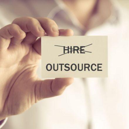 Outsourcing – realne korzyści dla Twojej firmy