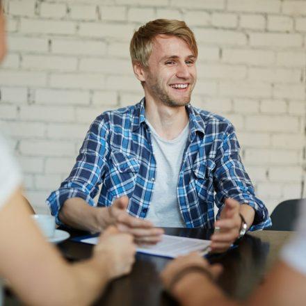 Kiedy warto outsourcować rekrutację mimo posiadania rekrutera w strukturach firmy?