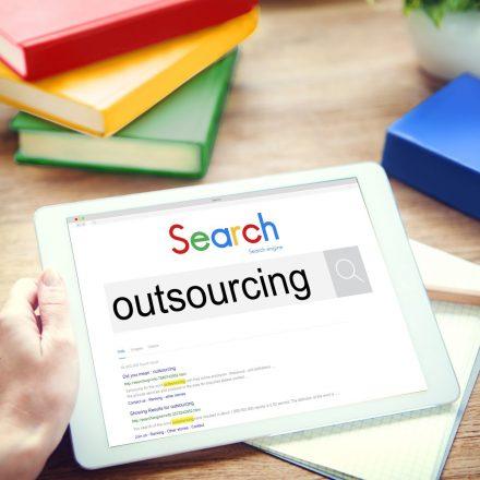 Outsourcing na świecie – kilka zaskakujących danych
