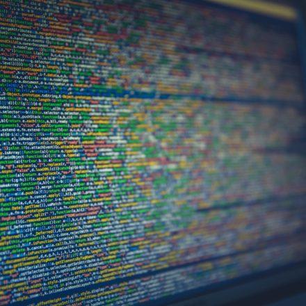 Na co zwracać uwagę przy wyborze wykonawcy usług IT?
